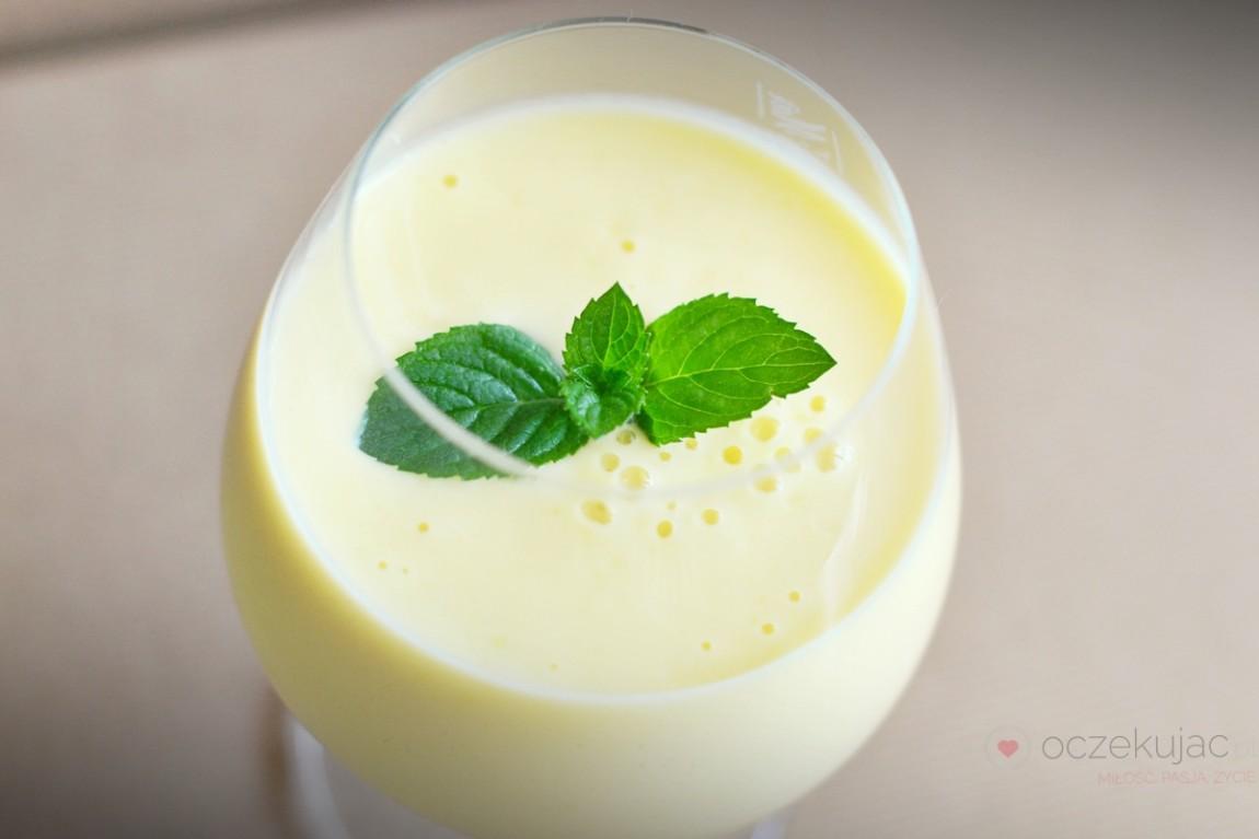 100015koktajle mleczno-owocowe
