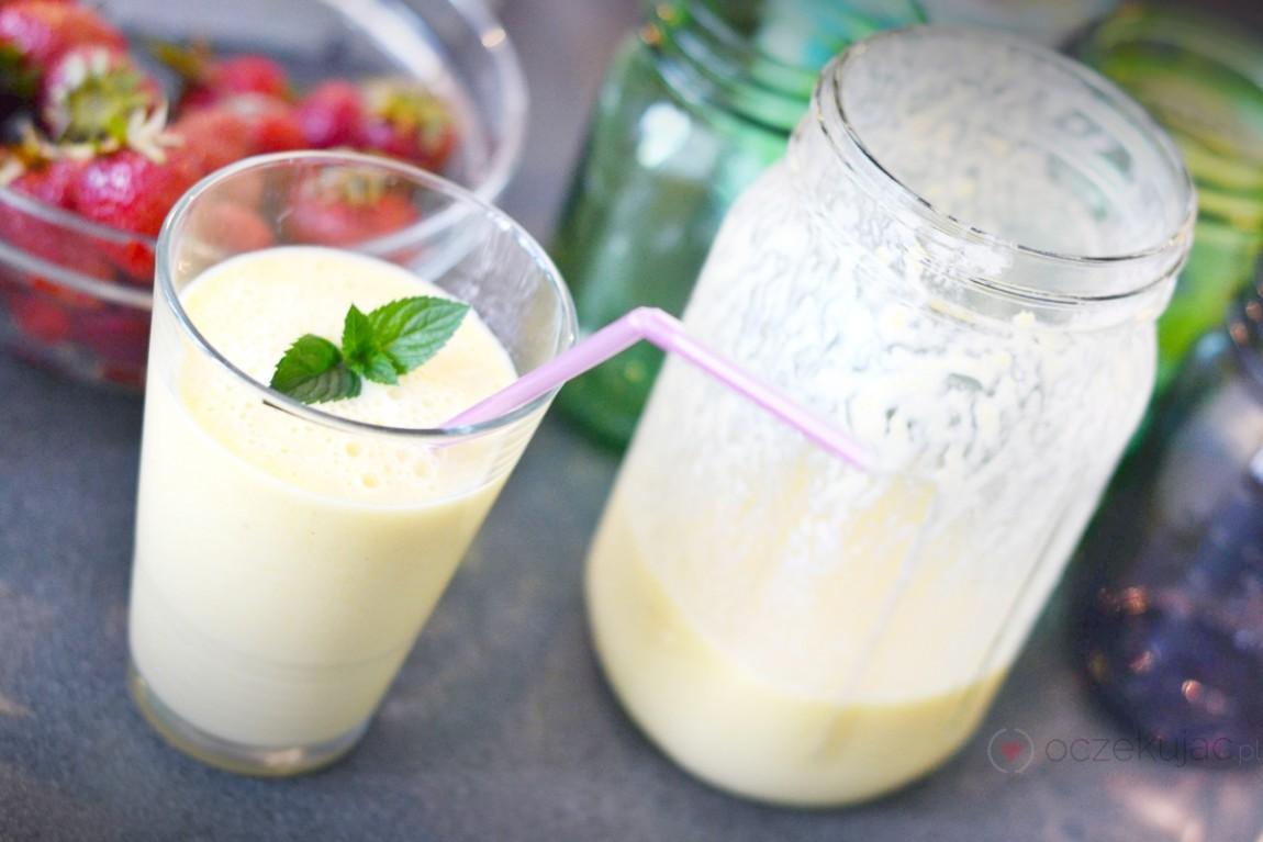 100020koktajle mleczno-owocowe