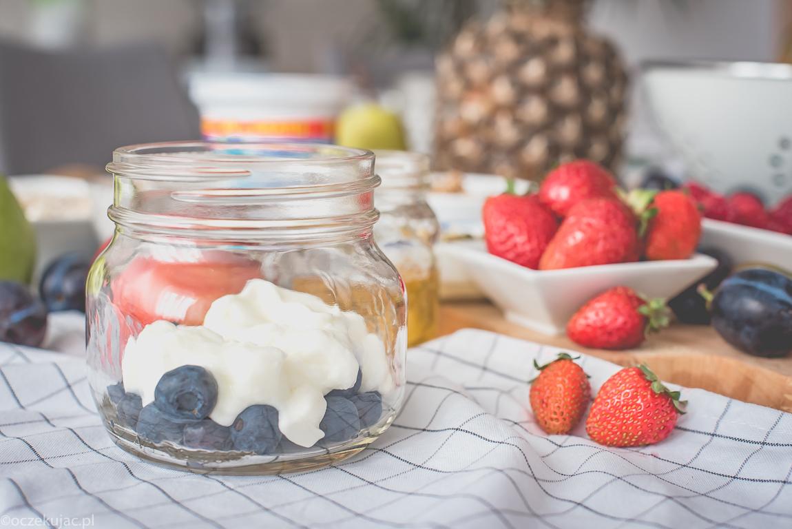 musli z jogurtem bakoma gesty-2-25