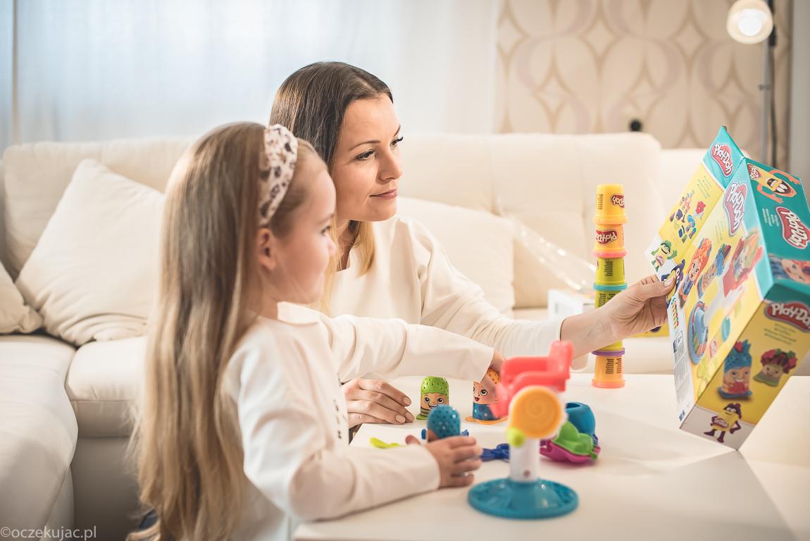play-doh-dla-dziecka-ciastolina-na-prezent-3-4